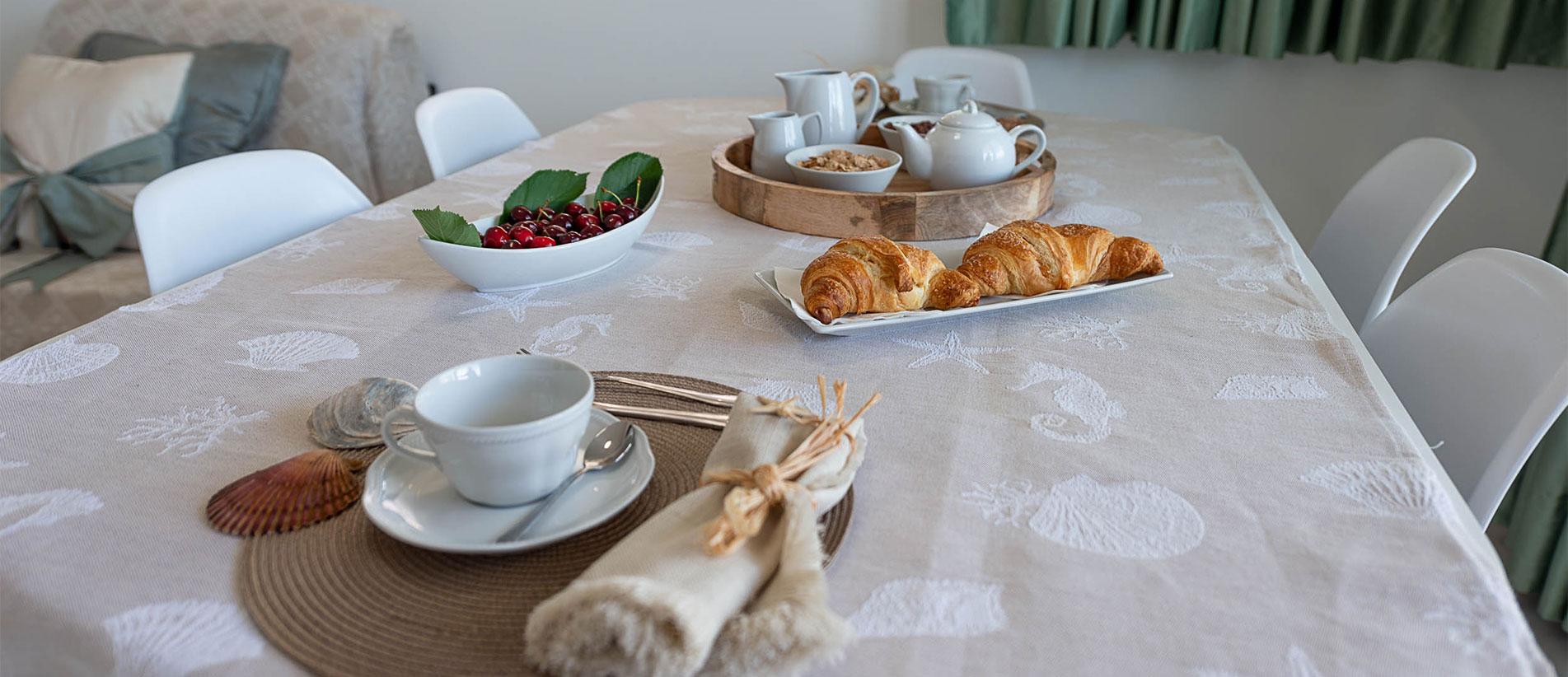 Residence con appartamenti sul mare per vacanze ad alba for Appartamenti pescoluse sul mare