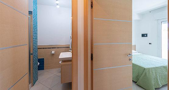Appartamenti estivi in affitto ad alba adriatica presso il for Colline o cabine marroni